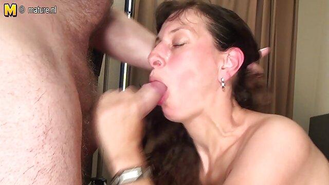 Hermosa bru es follada en un mamas corriendose exuberante culo