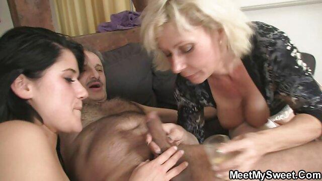 Negro satisface a videos xxx con la mama una negrito tetona