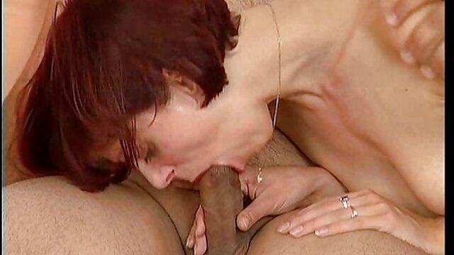 Sexo inolvidable con porno madre hotel una rubia de piernas largas
