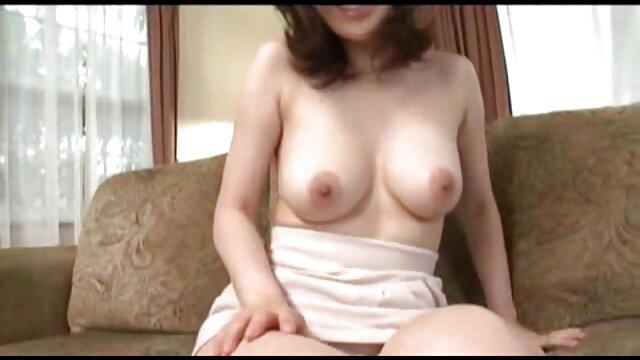 Chica sexy respondió a xxx hijo viola a su madre los deseos del chico