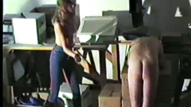 Lesbianas hijo viola a su madre mientras duerme Tianna y Ksara