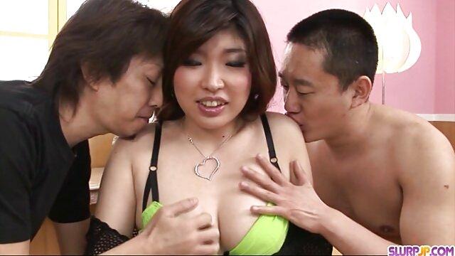Cuidó la polla de su videos de incesto entre madre e hijo amado