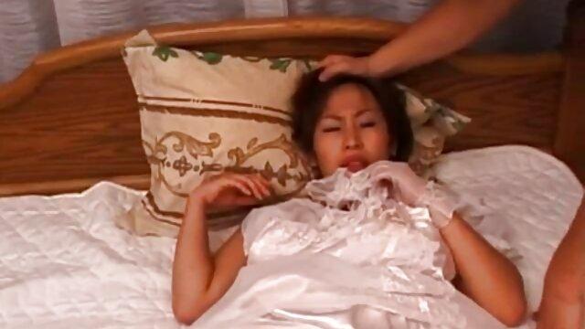 El pescador se folló a la niña en el río xxx madre e hijo en hotel
