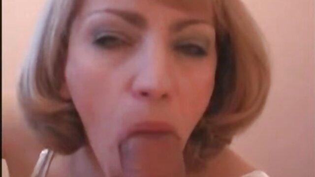 Linda chica mama culona xnxx se mostró perfectamente frente a la cámara de video