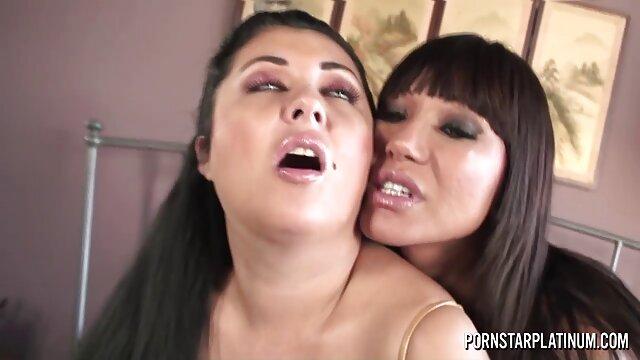A la rubia le gustó madre e hija teniendo sexo lesbico la hermosa polla de un novio asertivo