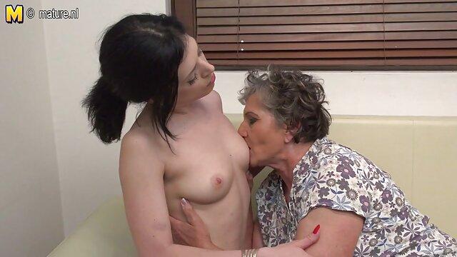 Sexo mamas con sus hijos xxx en el lugar de trabajo con cámara oculta